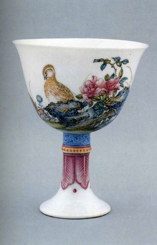 Кубок из фарфора с росписью