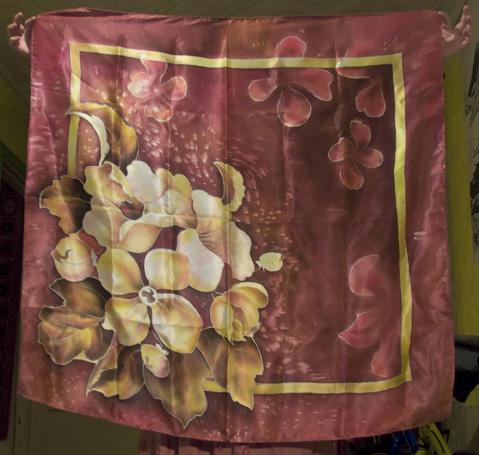 рисуем платок в технике холодного батика