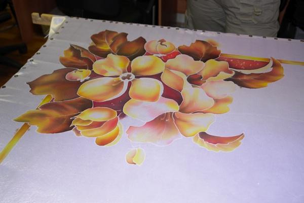 Роспись цветов завершена