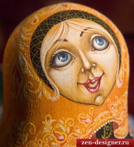 Роспись матрешки: рисуем лицо