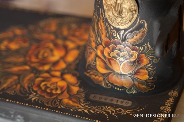 Орнамент из цветков розы