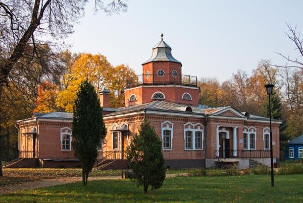 Музей-усадьба А. К. Толстого с. Красный Рог